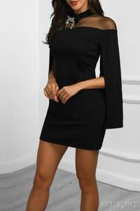 Sukienka Ivet.pl z długim rękawem z tiulu
