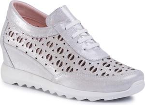 Buty sportowe Quazi sznurowane