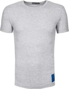 T-shirt Calvin Klein z bawełny z krótkim rękawem