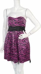 Różowa sukienka Ruby Rox mini gorsetowa