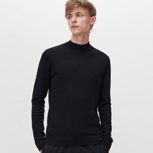 Czarny sweter Reserved w stylu casual
