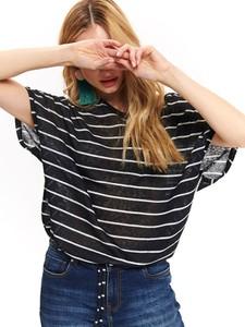 Czarna bluzka Top Secret w stylu casual