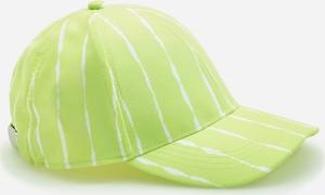 Zielona czapka Reserved w paseczki