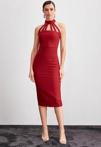 Sukienka Trendyol bez rękawów z dekoltem halter midi