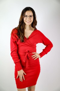 Czerwona sukienka Pretty Style z dekoltem w kształcie litery v z długim rękawem z bawełny