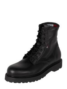 Czarne buty zimowe Tommy Jeans w militarnym stylu sznurowane