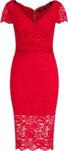 Czerwona sukienka Marciano z dekoltem w kształcie litery v midi z krótkim rękawem