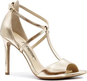 Złote sandały Neścior ze skóry z klamrami
