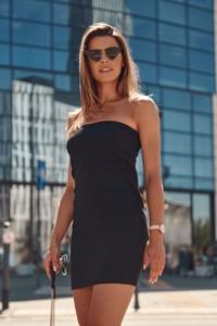 Czarna sukienka Fasardi
