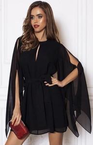 Czarna sukienka Ivet.pl trapezowa