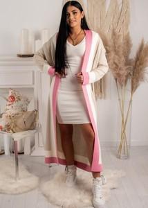 Różowy sweter Fason w stylu casual