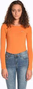 Pomarańczowy t-shirt Gate w stylu casual z długim rękawem z okrągłym dekoltem