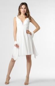 Sukienka Luxuar Fashion z szyfonu z dekoltem w kształcie litery v bez rękawów