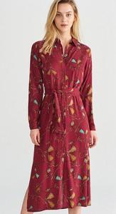 Czerwona sukienka Reserved w stylu casual midi szmizjerka