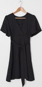 Sukienka House mini z krótkim rękawem kopertowa