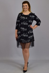 Czarna sukienka KARKO ze skóry ekologicznej z długim rękawem z okrągłym dekoltem