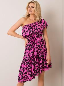 Różowa sukienka Sheandher.pl z krótkim rękawem hiszpanka