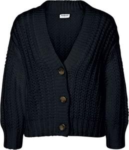 Czarny sweter Noisy May w stylu casual