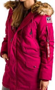Czerwona kurtka Alpha Industries w stylu casual