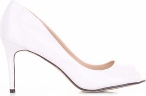Szpilki Ideal Shoes na szpilce na wysokim obcasie z otwartym noskiem