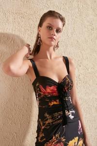 Sukienka Trendyol w stylu casual na ramiączkach