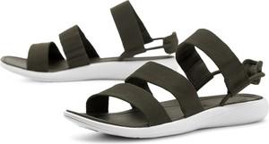 Czarne sandały Merrell w stylu casual