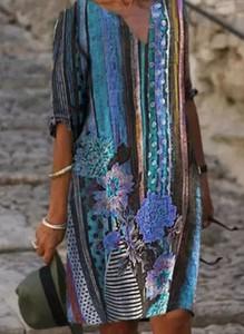 Sukienka Sandbella mini z okrągłym dekoltem w stylu casual