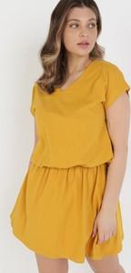 Sukienka born2be z krótkim rękawem w stylu casual