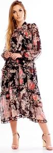 Sukienka N/A z żabotem