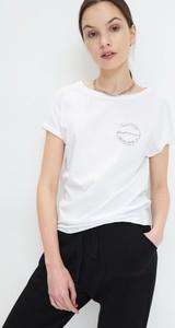 T-shirt Mohito z bawełny z okrągłym dekoltem z krótkim rękawem