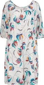 Sukienka Lavard z okrągłym dekoltem z tkaniny w stylu casual