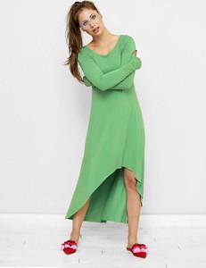 Sukienka Freeshion z okrągłym dekoltem w stylu casual