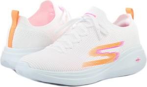 Buty sportowe Skechers w sportowym stylu sznurowane z płaską podeszwą
