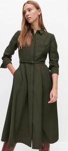 Zielona sukienka Reserved szmizjerka z długim rękawem