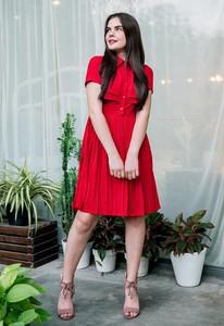 Czerwona sukienka Justmelove z dekoltem w kształcie litery v bez rękawów z bawełny