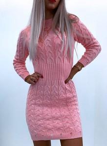 Różowa sukienka Sandbella z długim rękawem w stylu casual mini