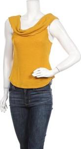 Żółta bluzka Miss Valley z krótkim rękawem w stylu casual