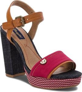 Sandały wrangler ze skóry ekologicznej w stylu casual