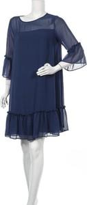 Niebieska sukienka Pietro Brunelli z okrągłym dekoltem z długim rękawem prosta