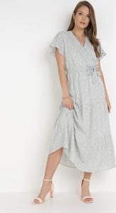 Sukienka born2be z dekoltem w kształcie litery v midi z krótkim rękawem