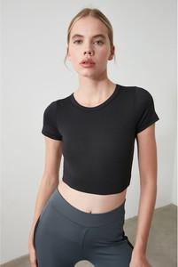 Czarny top Trendyol z okrągłym dekoltem w sportowym stylu