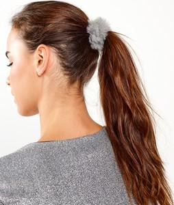 GATE Gumka do włosów ze sztucznego futerka