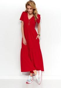 Czerwona sukienka Makadamia maxi z dekoltem w kształcie litery v