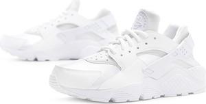Buty sportowe Nike w sportowym stylu z płaską podeszwą huarache