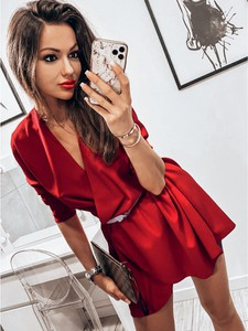 Sukienka magmac.pl z dekoltem w kształcie litery v mini