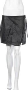 Czarna spódnica H&M ze skóry