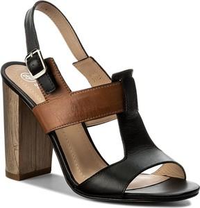Czarne sandały solo femme na obcasie z klamrami