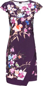 Sukienka bonprix BODYFLIRT z krótkim rękawem z dżerseju