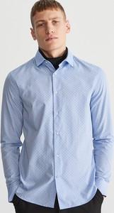 Niebieska koszula Reserved z włoskim kołnierzykiem w stylu casual