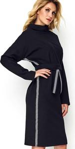 Sukienka Makadamia prosta w stylu casual z bawełny